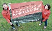 Karl Bürge, OK-Präsident des Schnebelhorn-Panoramatrails, und Rita Hedley, Information/Kommunikation, stellen zusammen mit der Läuferriege Mosnang einen Anlass auf die Beine, der auf viel Resonanz stossen dürfte. (Bild: Beat Lanzendorfert)