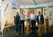 Für die Aussteller am Gemeinschaftsstand Sennwald ist die Kontaktpflege mit interessierten Besuchern wertvoll. (Bild: Carmina Wälti)
