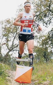 Daniel Hubmann befindet sich auf den Spuren der zurückgetretenen Serienweltmeisterin Simone Niggli. (Bild: Swiss Orienteering/Athletix/Martin Schmocker)