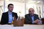 SVP-Ortsparteipräsident Felix Würth und SVP-Stadtrat Stefan Koster, der Stadtpräsident von Amriswil werden möchte, bei der Nomination im Schloss Hagenwil. (Bild: Manuel Nagel)