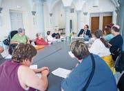 Mitglieder der Gruppe Mitsprache Thurgau und weitere Selbstvertreter aus dem Bodenseeraum nahmen an der Übergabe teil. (Bild: Andrea Stalder)