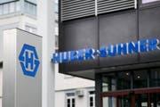 Huber&Suhner (hier der Sitz in Herisau) sieht positiv in die Zukunft. (Bild: ENNIO LEANZA (KEYSTONE))