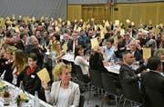 Trotz einzelner emotionaler Votanten wurde die Fusion mit 400 Stimmen gutgeheissen. (Bild: Monika Wick)