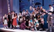 Im Jahr 2015 – hier im Bild die Aufführung «Die verkaufte Braut» – spielte die Oper noch auf dem Schloss. Nächstes Jahr wird das Seeufer die Bühne sein, das Schloss sieht man im Hintergrund. (Bild: Martin Walser)