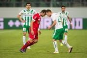 Beim letzten Duell gerieten FC St. Gallens Marco Aratore und FC Sions Elsad Zverotic aneinander. (Bild: Benjamin Manser)