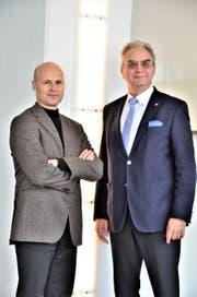 Stadtpräsident Andreas Balg (54) (links) und Stadtrat Hans-Ulrich Züllig (67), beide FDP, gestern bei der Bekanntgabe ihres Verzichts auf eine Wiederkandidatur im Februar 2019. (Bild: pd)