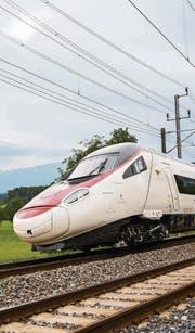Sorgenkind der SBB: Der ETR610-Neigezug auf der Gotthardstrecke Richtung Süden. (Bild: SBB)