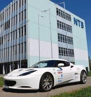 Der «SunCar» wurde von Studenten der NTB und ETH entwickelt und ist alltagstauglich. (Bild: Markus Rohner)