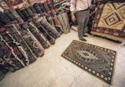 14 000 Franken für die Reinigung von sechs Teppichen: Eine Bande aus Deutschland führt seit Jahren Ostschweizer Kunden hinters Licht. (Bild: fotolia)