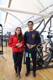 Roya Akbari und Amir Kazemi trainierten vor ihrer Reise im Update Fitness in Rorschach. Während ihrer Zeit in der Hafenstadt besuchten sie auch eine Schulklasse und den Verein Löwenquartier (Bild: Perrine Woodtli)
