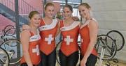 Flavia Zuber, Céline Burlet, Jennifer Schmid und Melanie Schmid freuen sich über den grossen Erfolg. (Bild: Martin Zuber)