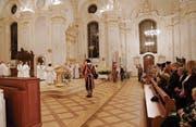 Die Schweizergardisten umrahmen die Fatima-Gedenkfeier. (Bilder: Manuela Olgiati)