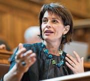 Bundesrätin Doris Leuthard steht just gegen Ende ihrer Amtszeit unter erhöhtem Druck. (Bild: Alessandro della Valle/Keystone)