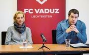FC-Vaduz-Geschäftsführer Patrick Burgmeier (rechts) zusammen mit FC-Vaduz-Präsidentin Ruth Ospelt. (Bild: Eddy Risch)