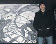 Künstler Simon Frei vor seinem bisher grössten Bild «Energiefeld». (Bild: Marc Sieger)