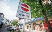 Umwege und fehlende Parkplätze machen Besuchern an der Alleestrasse zu schaffen. (Bild: Reto Martin)