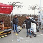 Vertreter der Zürcher Kommunal AG präsentierten an der diesjährigen Messe den «Glutton», ein Outdoor-Sauger für urbane Räume. (Archivbild: Adrian Grzonka)