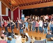 Beim Flashmob machten alle mit. (Bild: PD)