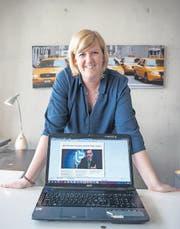 Mit «Clever-Express» will Desirée Müller die Schüler für tagesaktuelle Nachrichten sensibilisieren. (Bild: Olivia Hug)