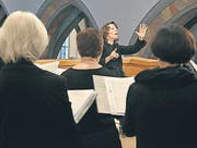 Dirigentin Felicitas Gadient und der Kammerchor Wil begeisterten am Sonntag mit bewegenden «Pater-noster»-Vertonungen. (Bild: Carola Nadler)