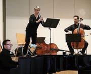 Astor Piazzollas «Oblivion» – vorgetragen von Jaroslaw Netter, Klavier, Gabriela Fässler, Blockflöte, und Thomas Berchtold, Violoncello. (Bilder: Thomas Widmer)