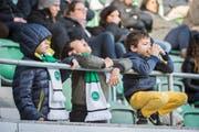Sogar schon die kleinsten FCSG-Fans leben bei den Spielen ihre Emotionen voll und ganz aus. (Bild: Urs Bucher)