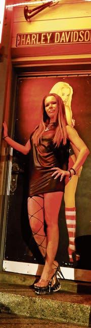 Anika B. arbeitet seit mehreren Jahren während der Fasnacht im «Relax» in Rorschach. (Bild: Arcangelo Balsamo)