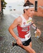 Daniel Hubmann an der Schweizer OL-Sprint-Meisterschaft im April 2012 in Ascona, einige Wochen vor seiner Fussverletzung. (Archivbild: ky/Karl Mathis)