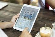 """Komfortable Zeitungslektüre: Die neue E-Paper-App des """"St.Galler Tagblatts"""" und seiner Regionalausgaben. (Bild: pd)"""