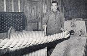 Eine der letzten Spezialarbeiten der Seilerei Wisiak, ein Seil mit 120 Millimeter Durchmesser und einer Reissfestigkeit von 60 000 Kilo. (Bild: Koch (Rorschacher Monatschronik 1955))