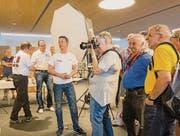 Besucher der ersten Photo Days Weinfelden versuchten sich vergangenes Jahr in der Studiofotografie. (Bild: pd/Fotoclub Weinfelden)