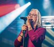 Stefanie Heinzmann überzeugt mit ihrer mitreissenden Performance. (Bild: Andrea Stalder)