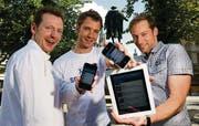 Wollen mit ihrer Freizeit-App durchstarten: Florian Specker, Christoph Seitz und Daniel Kästli (v. l. n. r.). (Bild: Ralph Ribi)