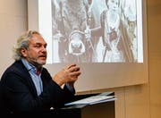 Antoine F. Goetschel vertritt Tiere vor dem Gesetz. (Bild: Rudolf Hirtl)