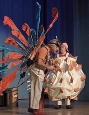 Olli Hauenstein und Eric Gadient auf der Bühne. (Bild: PD)