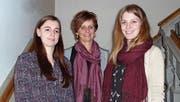 Kelly Langhard, Jacqueline Ehrat und Nadine Meyer haben die Weiterbildungen in ihren Fachbereichen abgeschlossen. (Bild: PD)