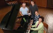 Musikalische Köstlichkeiten haben Stefan Zöllig, Andreas Müller, Thomas Haubrich und Irène Manz für die neue Konzertsaison organisiert. (Bild: Maya Mussilier)