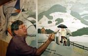 Der Bauernmaler Albert Manser im Jahr 2000. (Bild: Keystone/Archiv)