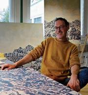 Skulpturen, Malerei und Musik: Künstler Patrick Benz arbeitet vielfältig und hat sich sein Atelier entsprechend eingerichtet.