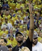 Kevin Durant, achtmal NBA-All-Star, zweimal Olympiasieger und einmal Weltmeister, ist nun auch NBA-Champion. (Bild: Marcio Jose Sanchez/AP)