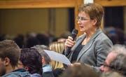 Die Pfyner Gemeindepräsidentin Jacqueline Müller begründet ihren Antrag auf Rückweisung des Baukredites. (Bild: Andrea Stadler)