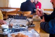 Ein Bild aus alten Zeiten: Die Gastronomie hat sich die letzten Jahre stark verändert. (Bild: GAETAN BALLY (KEYSTONE))