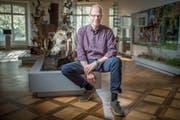 Direktor Hannes Geisser posiert im April 2017 im Naturmuseum Thurgau. (Bild: Benjamin Manser)