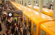 Blick auf die U-Bahn in Berlin. (Bild: KAY NIETFELD (DPA))