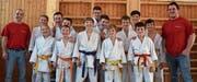 Zufriedene Buchser und Ruggeller Judokas nach den guten Leistungen in der Hinrunde. (Bild: PD)