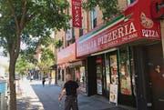 Pizzeria Minitalia: Die Italiener machen in Queens, New York, fast acht Prozent der Bevölkerung aus. (Bilder: Roman Elsener)