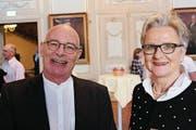 Er geht auf Weltreise, sie hofft auf gute Lösungen in der Lokalpolitik: Geoffrey Delmore und Vizestadtpräsidentin Christa Thorner. (Bild: Hugo Berger)