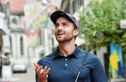 Heimvorteil: Das Urban-Golf-Turnier führt Julian Thorner durch die Frauenfelder Altstadt. (Bild: Donato Caspari)