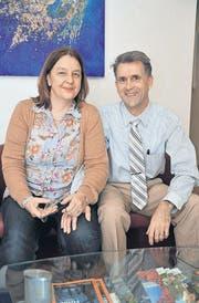 In ihrer Praxis schauen die Augenärzte Heike Petersen und Uwe Genth auf die Ereignisse vor 25 Jahren zurück. (Bild: Nana do Carmo)