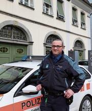 Marcel Dietsche liebt es, Uniform zu tragen. (Bild: Jolanda Riedener)